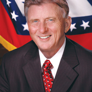 Arkansas Poll: Big Approval of Mike Beebe, 20-Point Lead for Mitt Romney